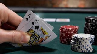 Une situation standard et typique pré-flop au No-Limit Hold'em