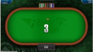 Une table de Rush Poker