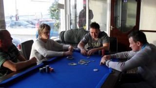 poker home game