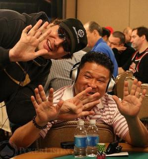 Phil Hellmuth et Johnny Chan