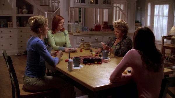 Les Desperate Housewives jouent au poker