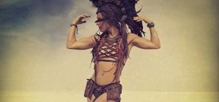 assets/photos/_resampled/croppedimage320150-liv-boeree-burning-man.jpg