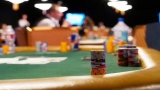 assets/photos/_resampled/croppedimage320180-1458-Chip-Stacks-at-Dinner-Break-in-50K.jpg
