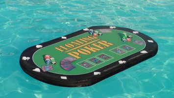 Table de poker pour piscine